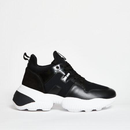 Hogan-Sneakers-Interacion